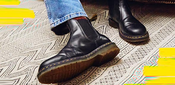 45eb7860266 DR MARTENS Shoes